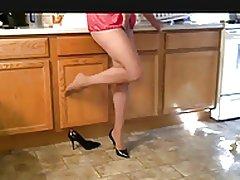 lisa in tube and heels