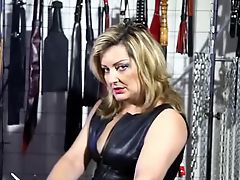 Hot Dirty-Talking Older Broad in Leather Smoking 120s