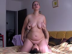 Bigbutt Blonde Nikki gets fucked after sitting on my face