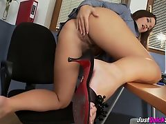 Sexy Brunette Works That Pussy Hard